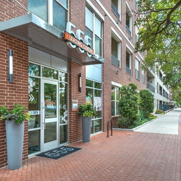 Do not miss our leasing specials! 555 Ross Avenue team is ready to help you find perfect apartment!